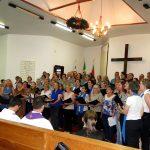 Corais emocionam fiéis em culto ecumênico de Natal
