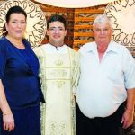 Padre Rodrigo Hillesheim celebra sua primeira missa