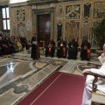 Papa à Caritas Internacional: nos pobres se esconde o rosto de Cristo