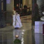 Papa na bênção Urbi et Orbi: Abraçar o Senhor para abraçar a esperança