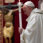 Papa na Vigília: chega de guerras e armas, porque é de pão que precisamos