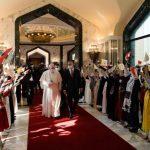 Acolhida calorosa ao Papa Francisco na chegada ao Iraque