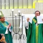 Mons. Cleocir Bonetti faz profissão de fé e juramento de fidelidade
